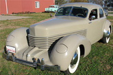 1936er Cord 810 Westchester Four Door Coupe