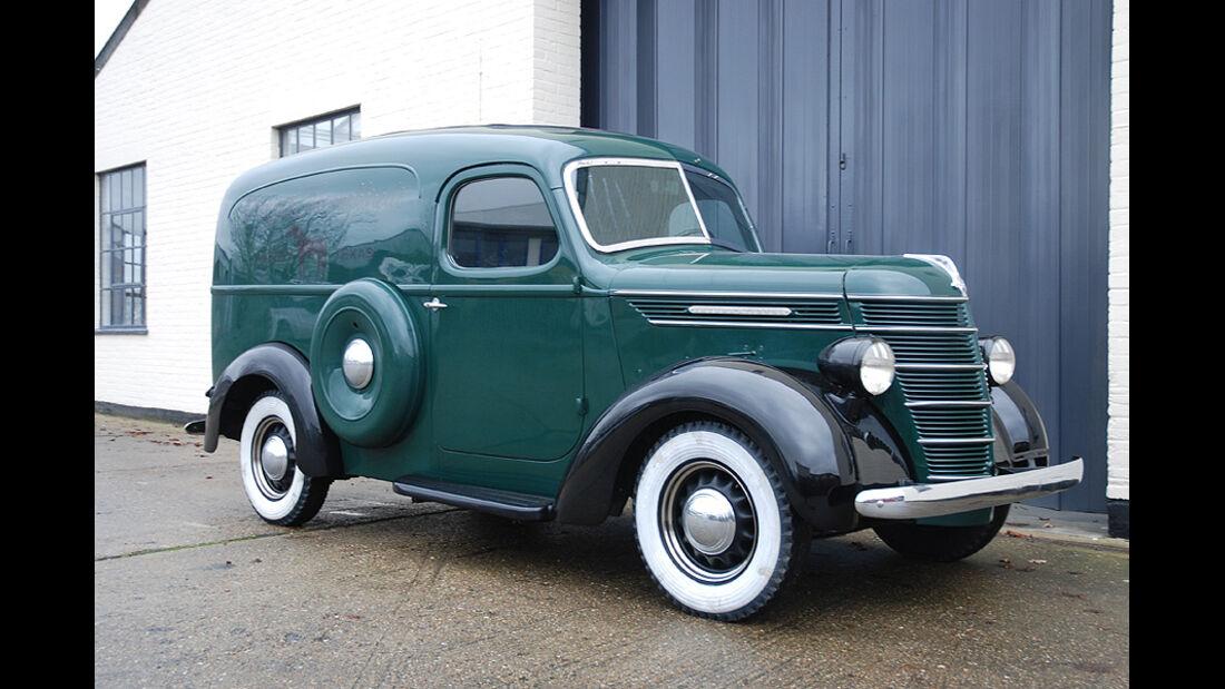 1938 International Harvester D Range Panel Van