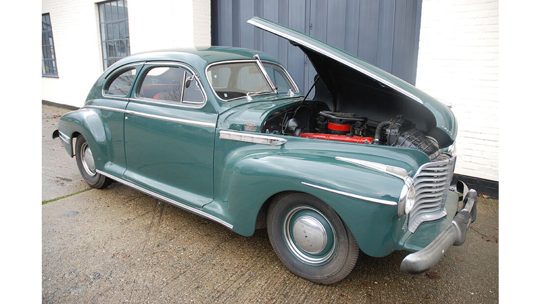 1941 Buick Eight Special Sedanette