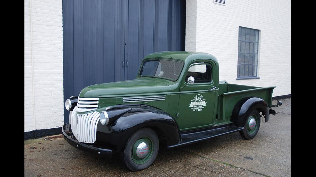 1941  Chevrolet ½ tonne Short Box Pick-Up Truck