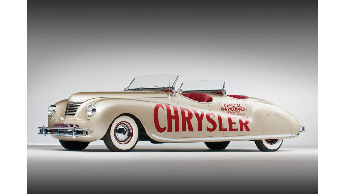 1941er Chrysler Newport Dual Cowl Phaeton