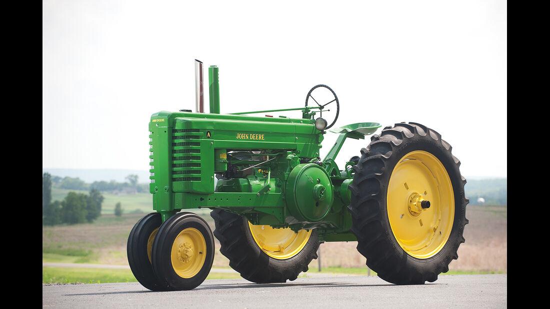 1946 John Deere Farm Tractor