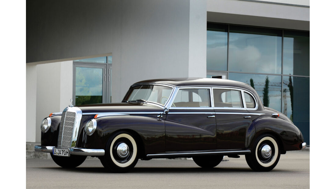 1952er Mercedes-Benz 300 W186 Sliding-Roof Limousine