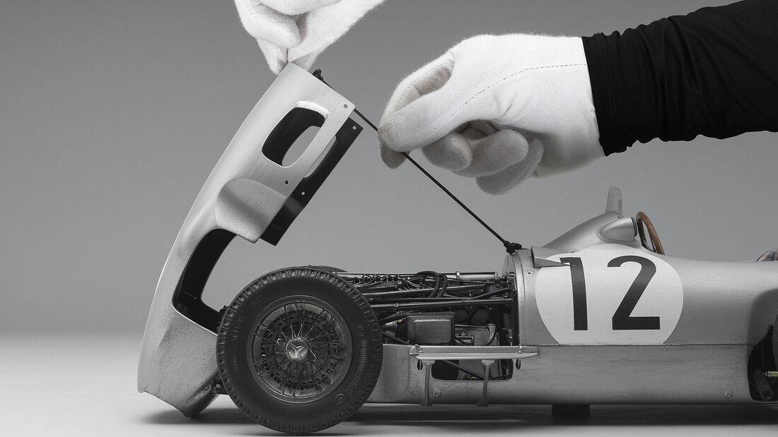 1955er Mercedes W196 Monoposto als 1-zu-8-Modell