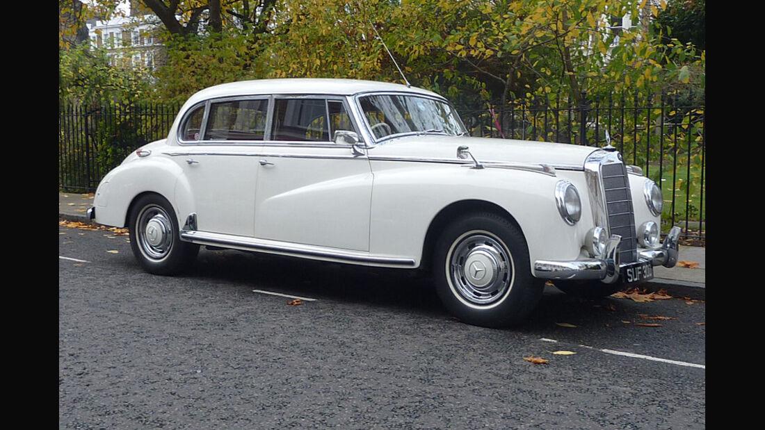 1956er Mercedes-Benz 300 Saloon