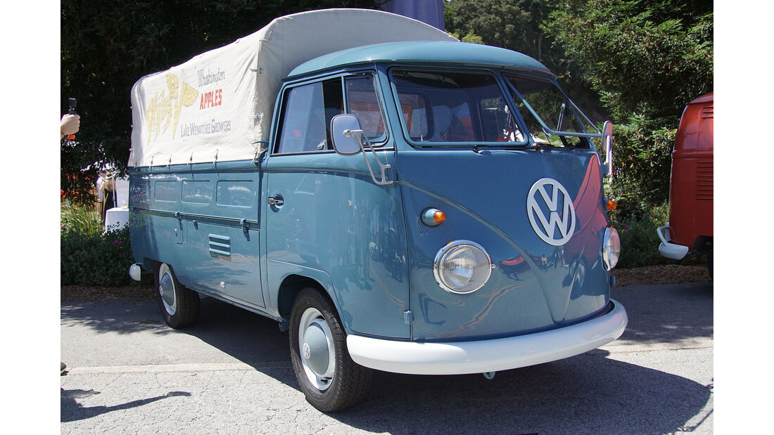 1961-VW-Transporter-Type-261-M004-Pickup-Truck-Dusty-Conditions