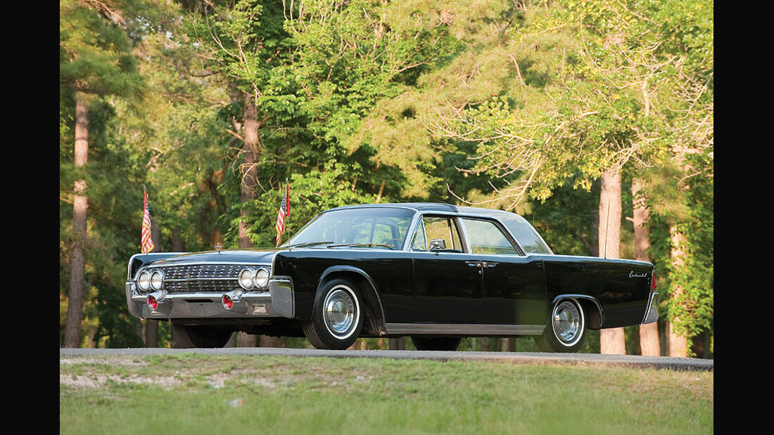 "1962 Lincoln Continental ""Bubbletop"" Kennedy Limousine"