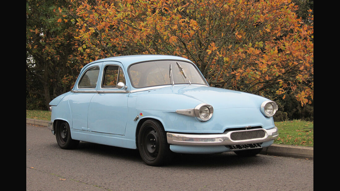 1963er Panhard PL17 Saloon