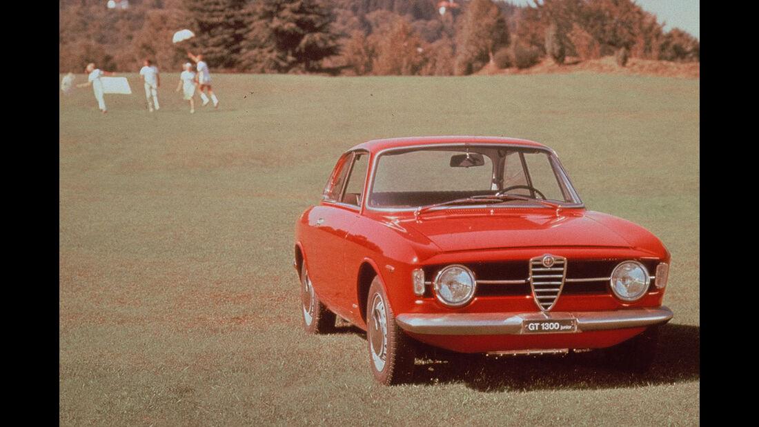 1966-1968 Alfa Romeo Giulia Coupé 1300 GT Junior