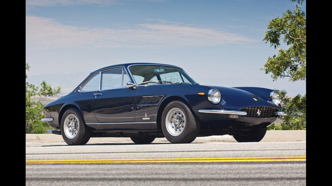 1966er Ferrari 330 GTC