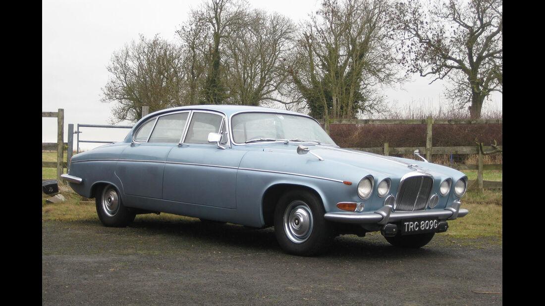 1968 Jaguar 420G.