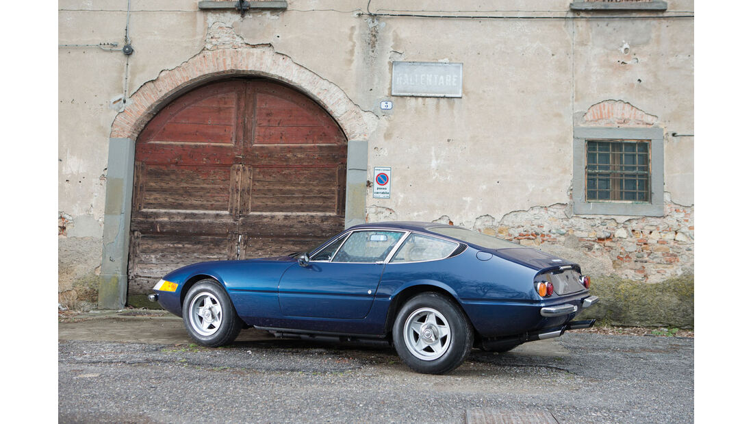 1973 Ferrari 365 GTB/4 Daytona Berlinetta by Scaglietti.
