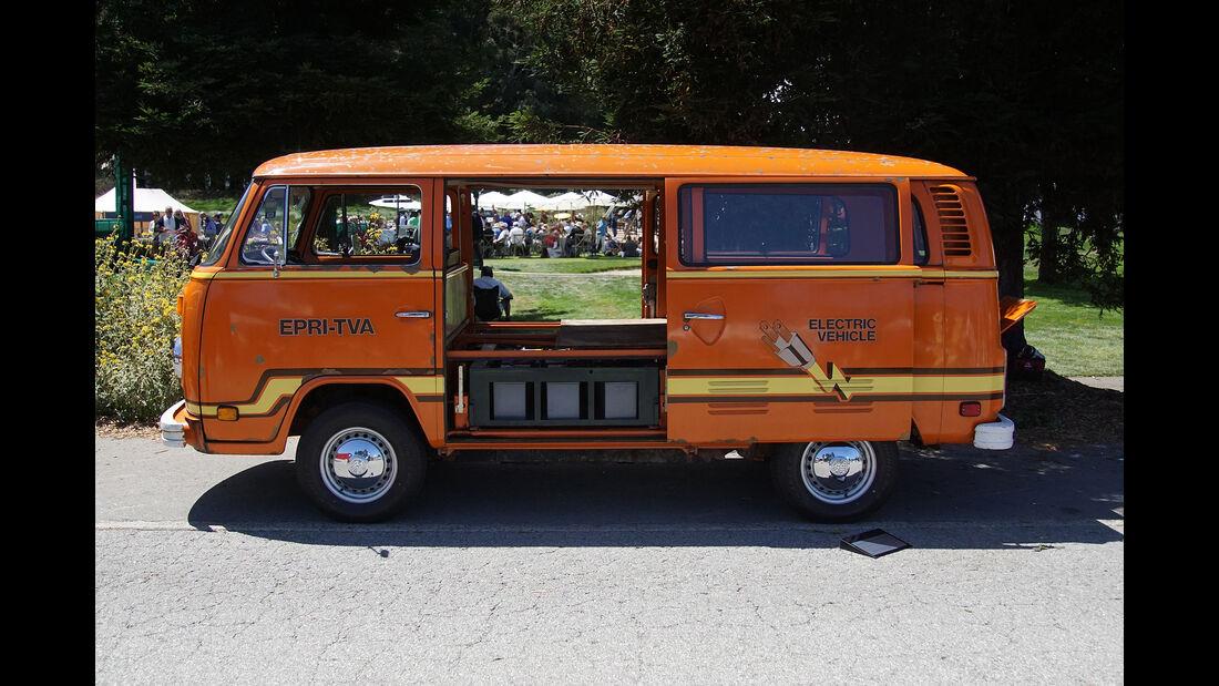 1979-VW-Type-231-Kombi-Electro-Transporter