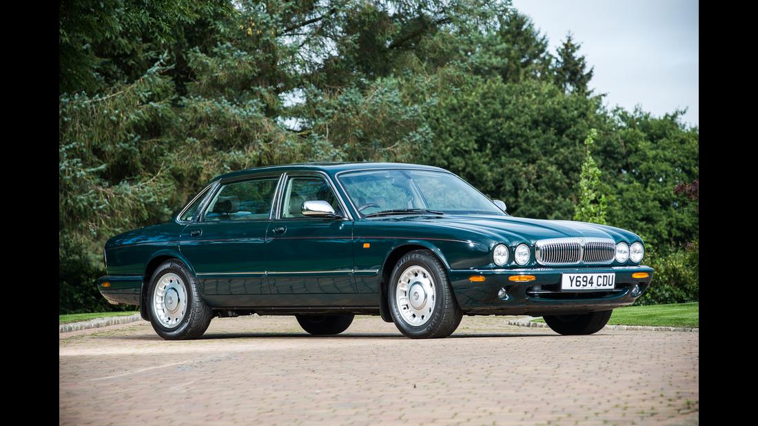 2001 Daimler V8 Queen