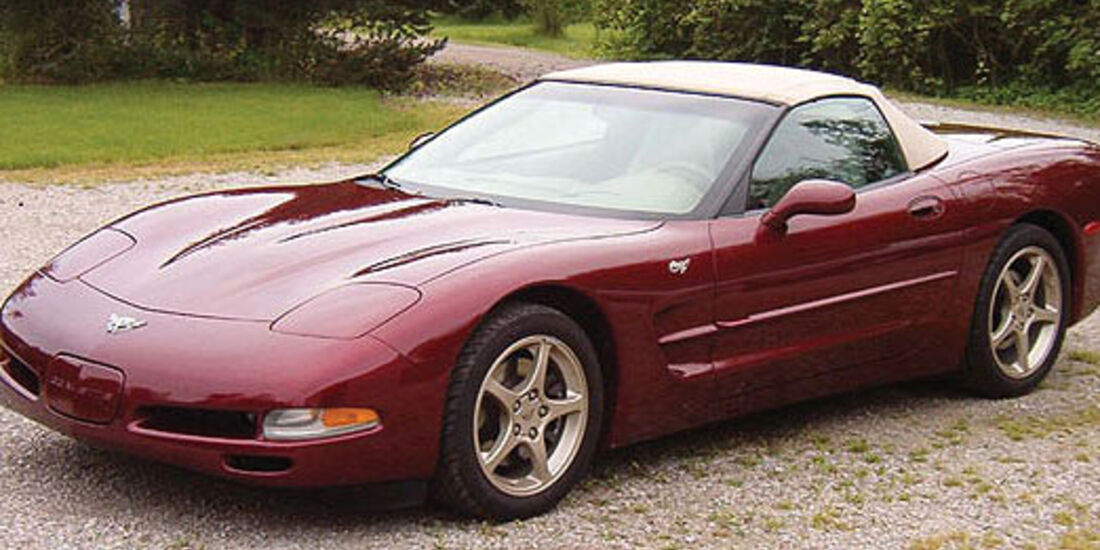 2003er Chevrolet Corvette 50th Anniversary 2D