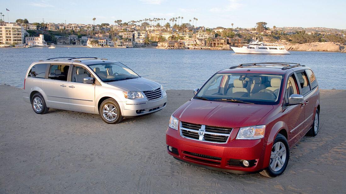 2008 Chrysler Town & Country / Dodge Grand Caravan