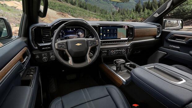 2023 Chevrolet Silverado High Country