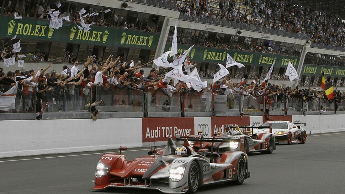 24h Le Mans 2010 Audi R15 TDI