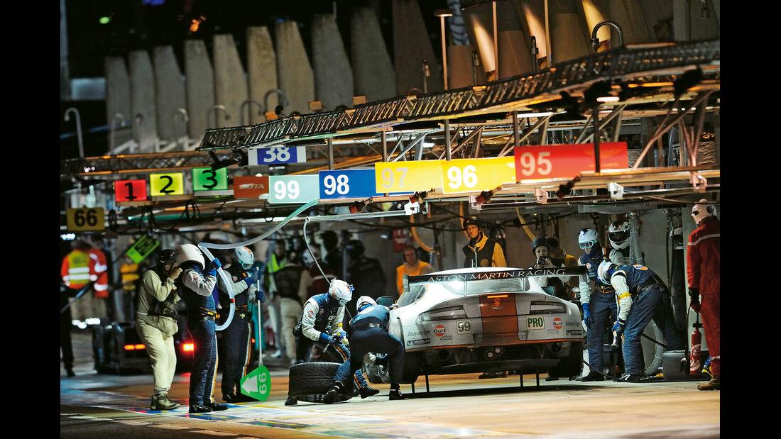 24h Le Mans, Aston-Martin-Werksteam, Box