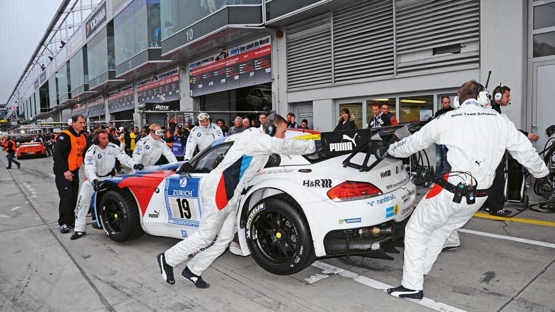 24h-Nürburgring, BMW M3 GT, Boxenstopp