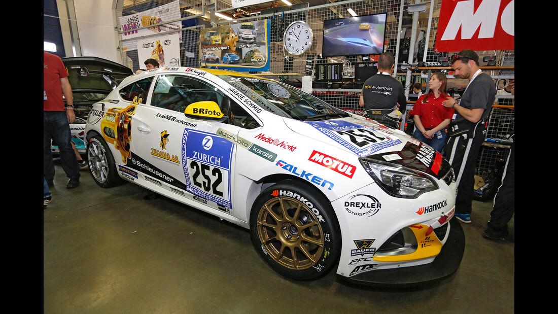 24h-Nürburgring - Nordschleife - Opel Astra OPC Cup - Lubner Motorsport - Klasse Cup 1 - Startnummer #252