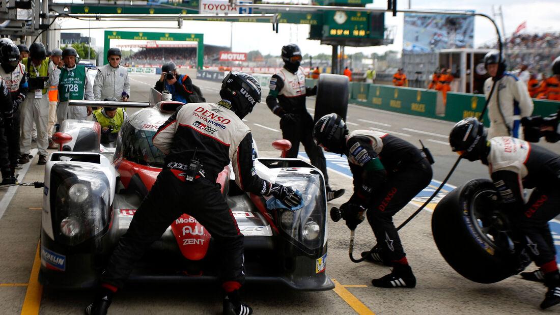 24h-Rennen - Le Mans - Reifenwechsel - Toyota TS050 Hybrid