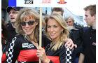 24h-Rennen Nürburgring 2010 - die Girls (2)