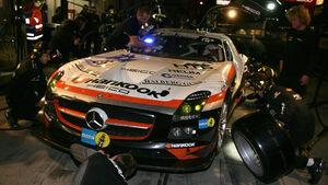 24h Rennen Nürburgring 2012 Box Heico-Mercedes SLS