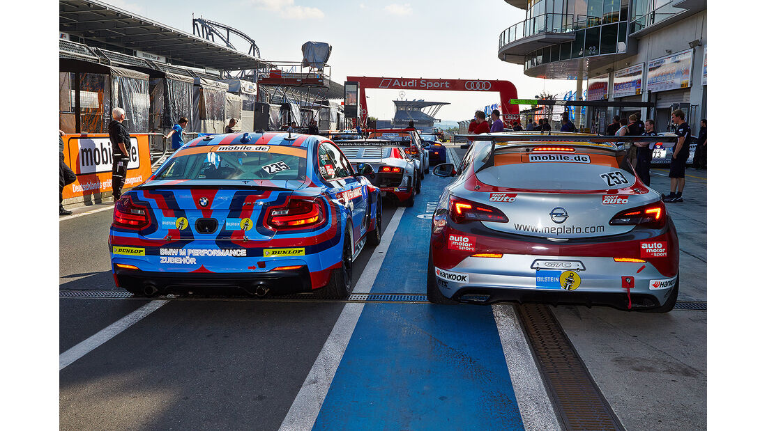 24h-Rennen Nürburgring 2014, Opel Astra OPC, OPC Cup, sport auto, #253, Gebhardt, sport auto, BMW M235i Racing