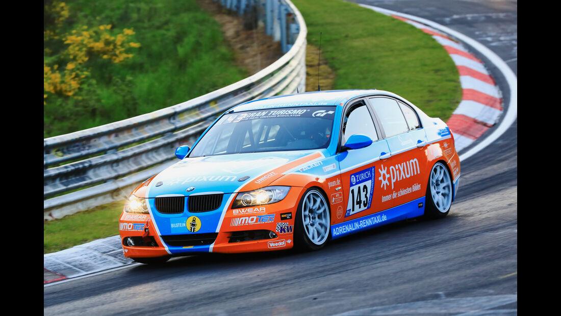 24h-Rennen Nürburgring 2017 - Nordschleife - Startnummer 143 - BMW E90 325i - Pixum Team Adrenalin Motorsport - Klasse V 4