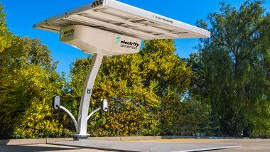 3/2020, Electrify Amercia Solartankstelle
