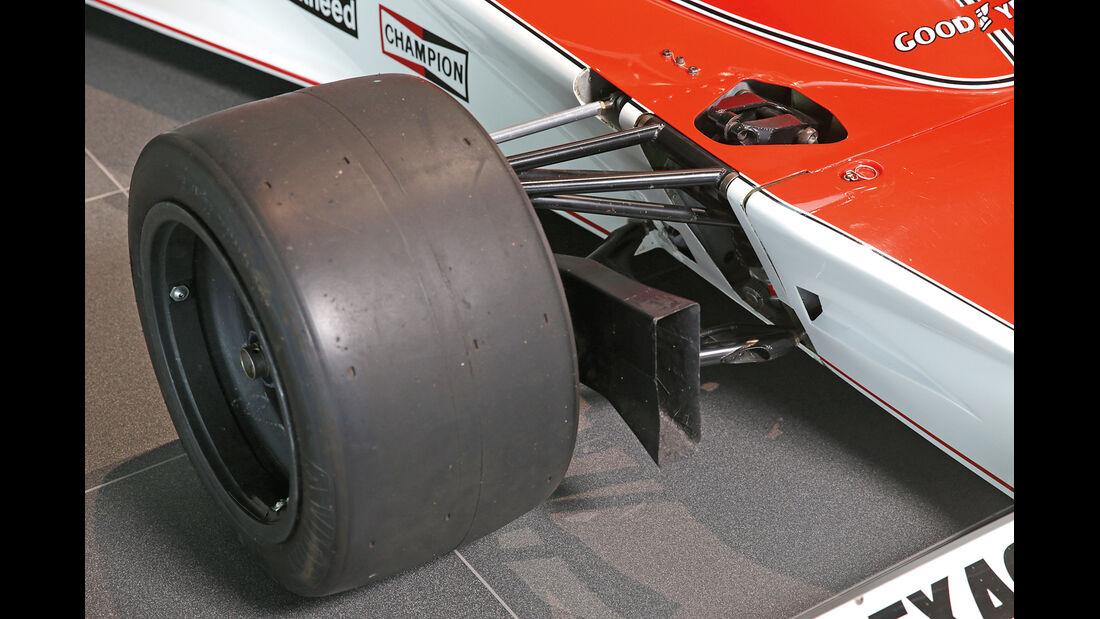 50 Jahre McLaren, Formel 1, McLaren M23, Vorderachse