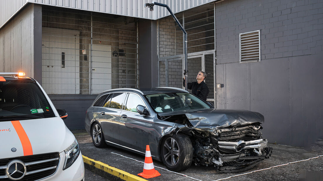 50 Jahre Mercedes-Benz Unfallforschung: Die Realität als Maßstab50 years of Mercedes-Benz Accident Research: Reality as the yardstick