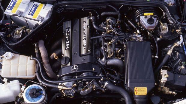 75 Jahre 4.3.21 BMW Mercedes