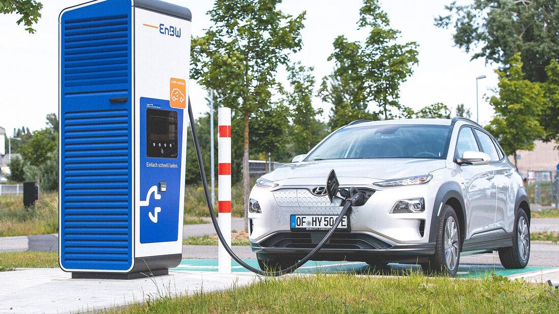 9/2020, Hyundai Kona Elektro an EnBW Ladesäule
