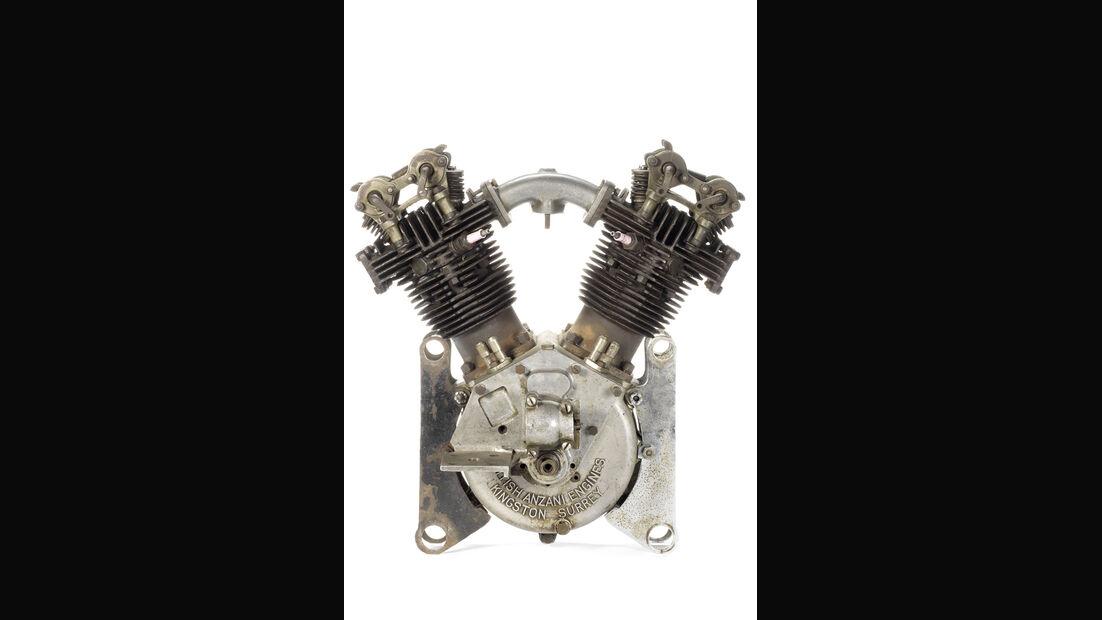 A British Anzani OHV 8-valve 1098cc v-twin engine