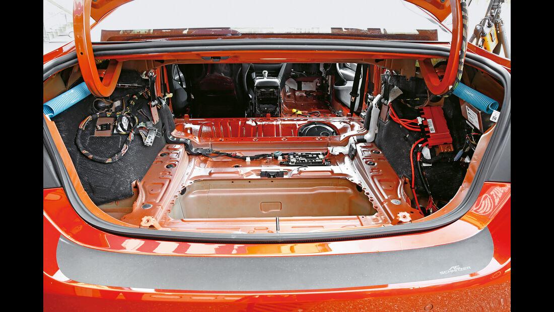 AC Schnitzer-BMW ACS4 Sport, Batterie