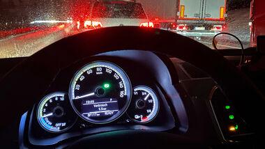 ADAC KŠltetest Elektroauto Reichweite