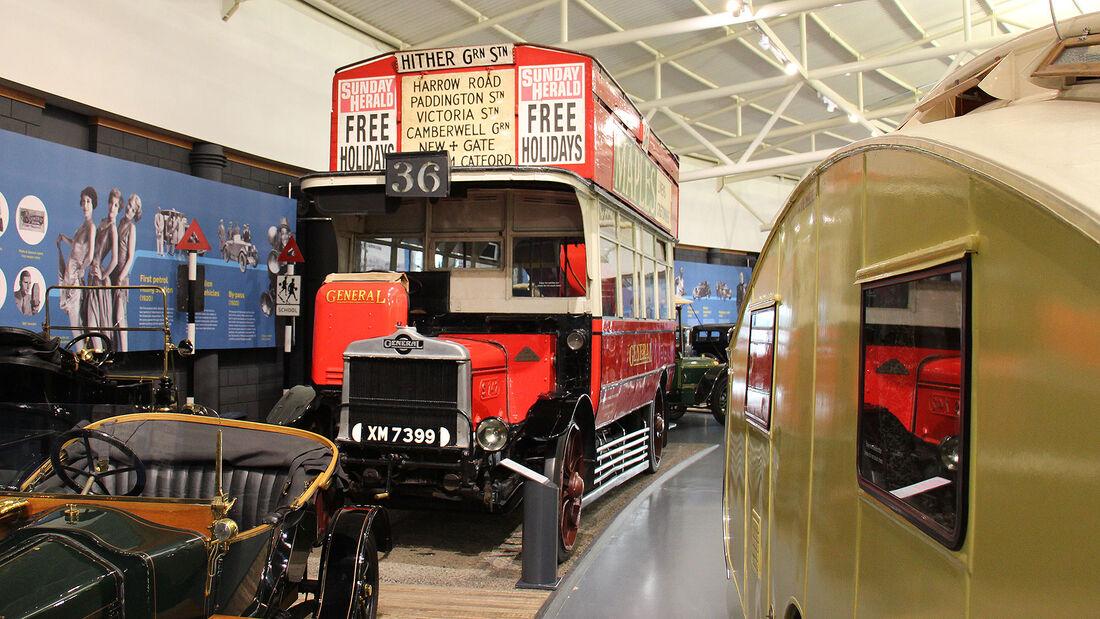 AEC S-Type London General Omnibus im British Motor Museum