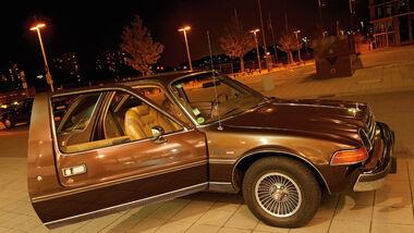 AMC Pacer Limited V8 - Ansicht von rechts vorne - geöffnete Beifahrertür