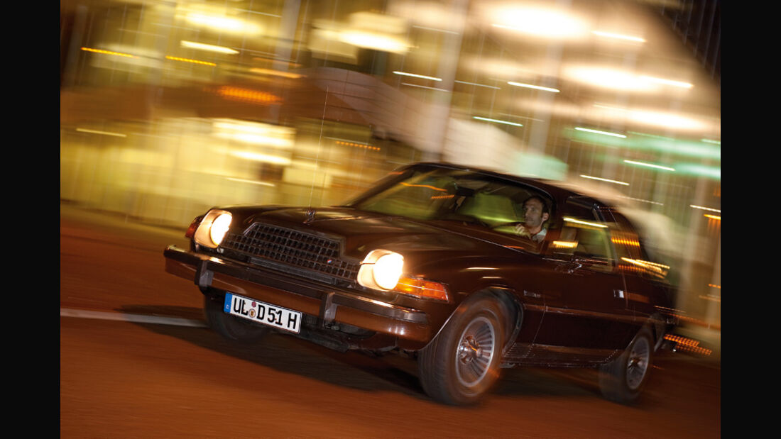 AMC Pacer Limited V8 - Frontansicht in Fahrt
