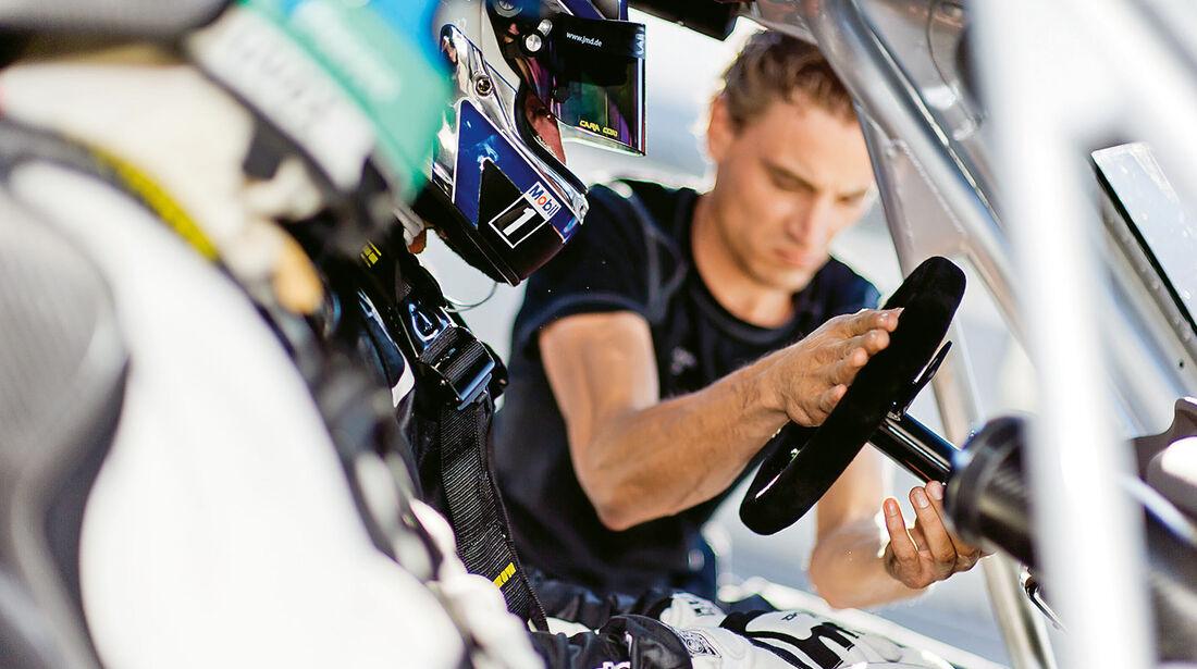 AMG Driving Academy, Mercedes SLS AMG GT3, Cockpit, Lenkrad