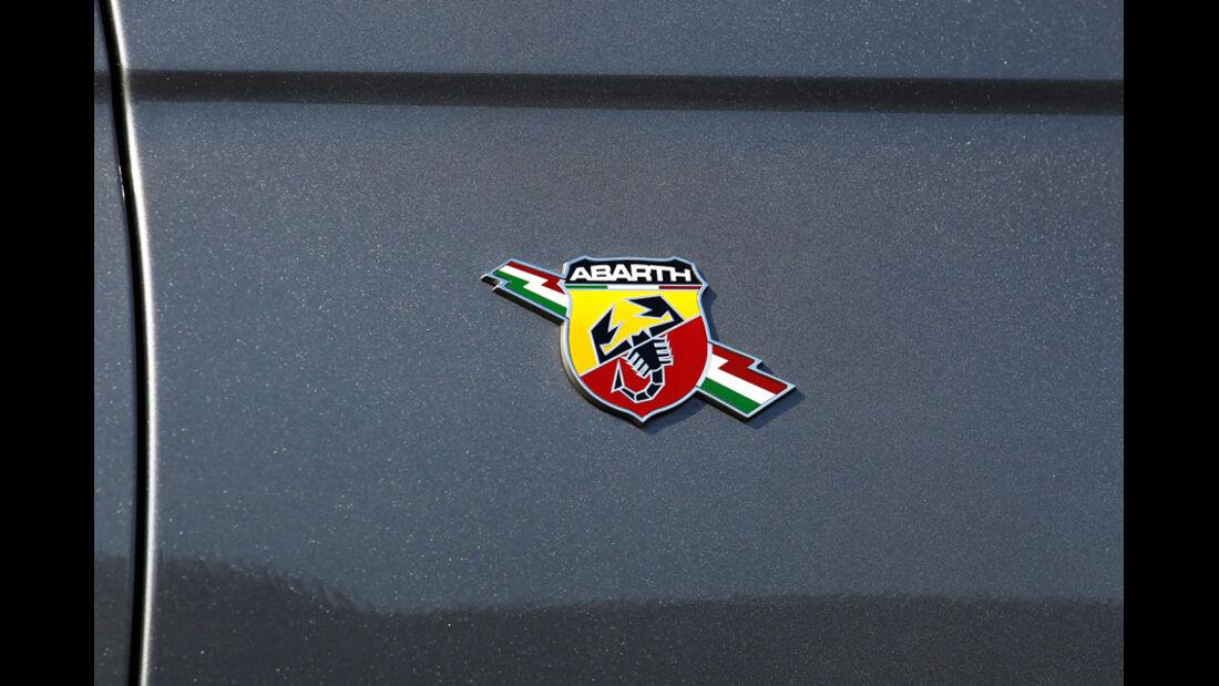 Abarth 500C, Emblem