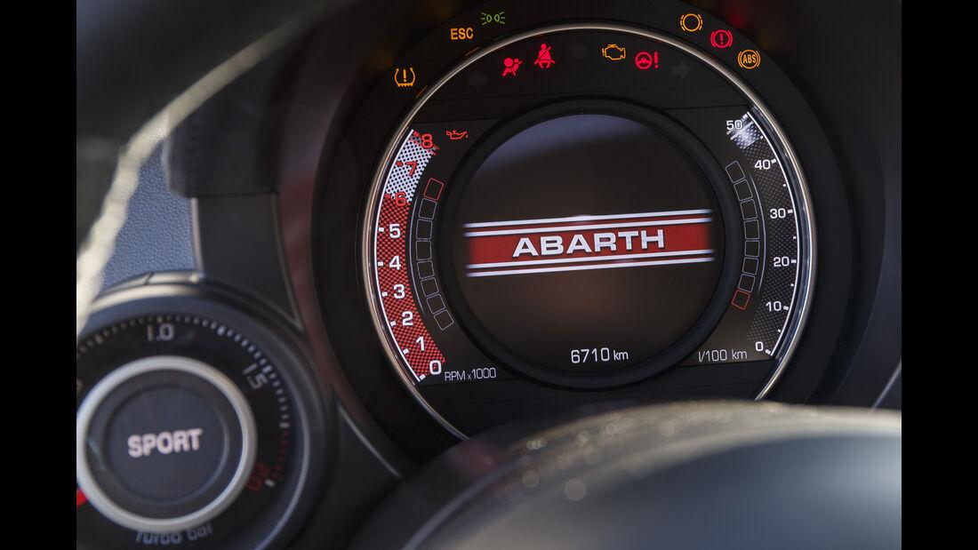 Abarth 595 Competizione, Interieur