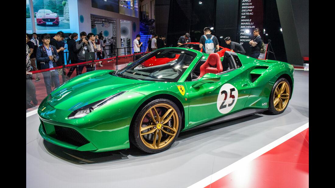 Abgefahrene Autos auf der Shanghai Auto Show 2024