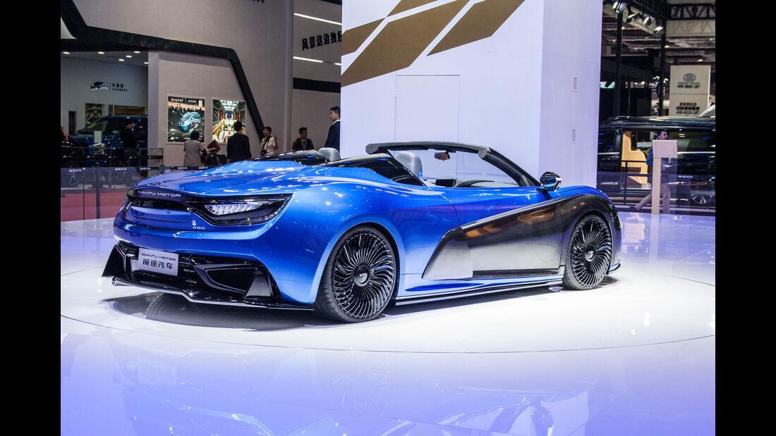 Abgefahrene Autos auf der Shanghai Auto Show 2026