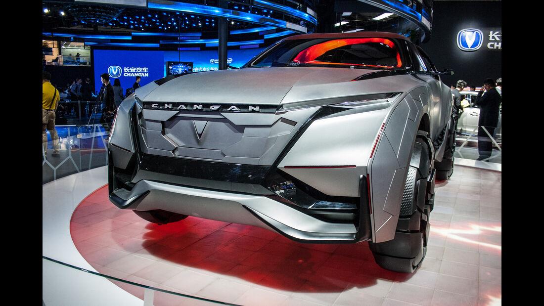 Abgefahrene Autos auf der Shanghai Auto Show 2032