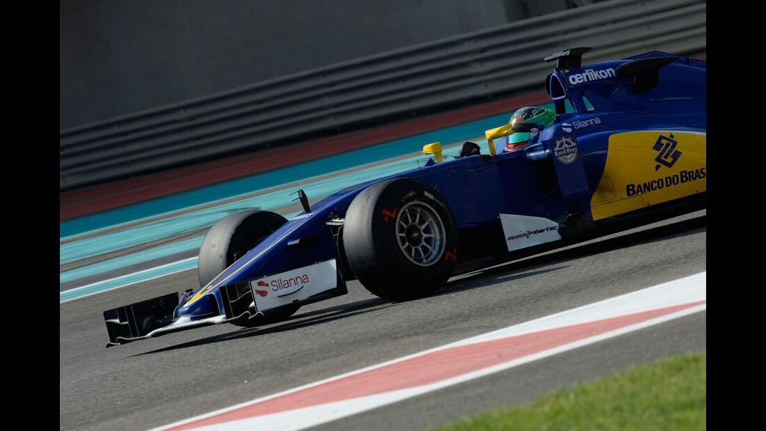 Adderly Fong - Sauber - F1 Test - Abu Dhabi - Dienstag - 1.12.2015