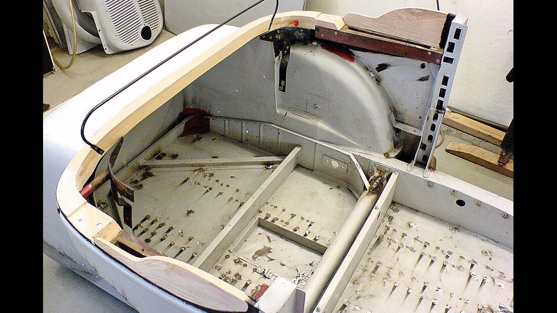 Adler Trumpf Cabrio, Blecharbeiten