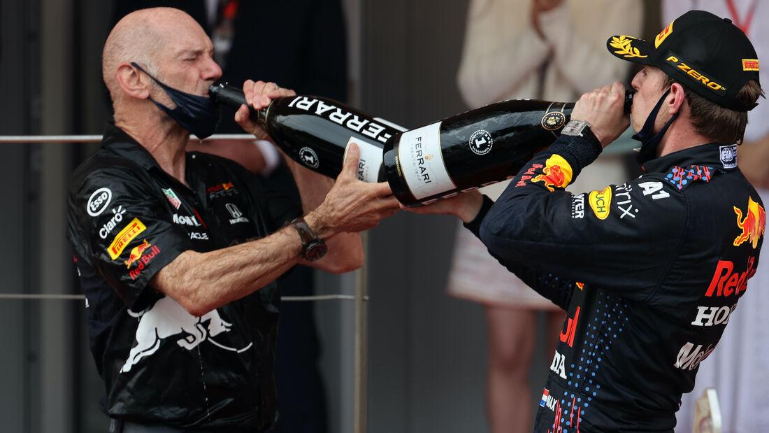 Adrian Newey - Max Verstappen - Red Bull - Formel 1 - GP Monaco - 23. Mai 2021
